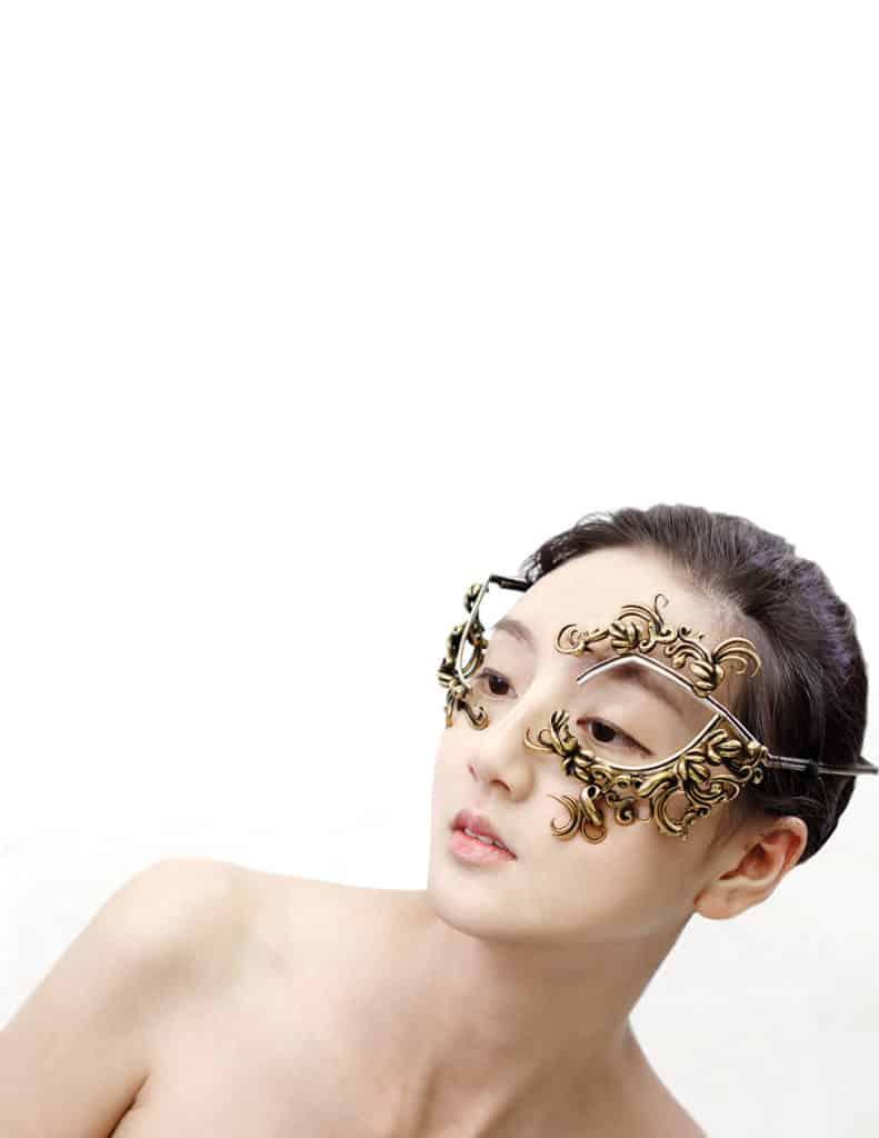 Jizhi Li: Dazzling the Jewelry Industry