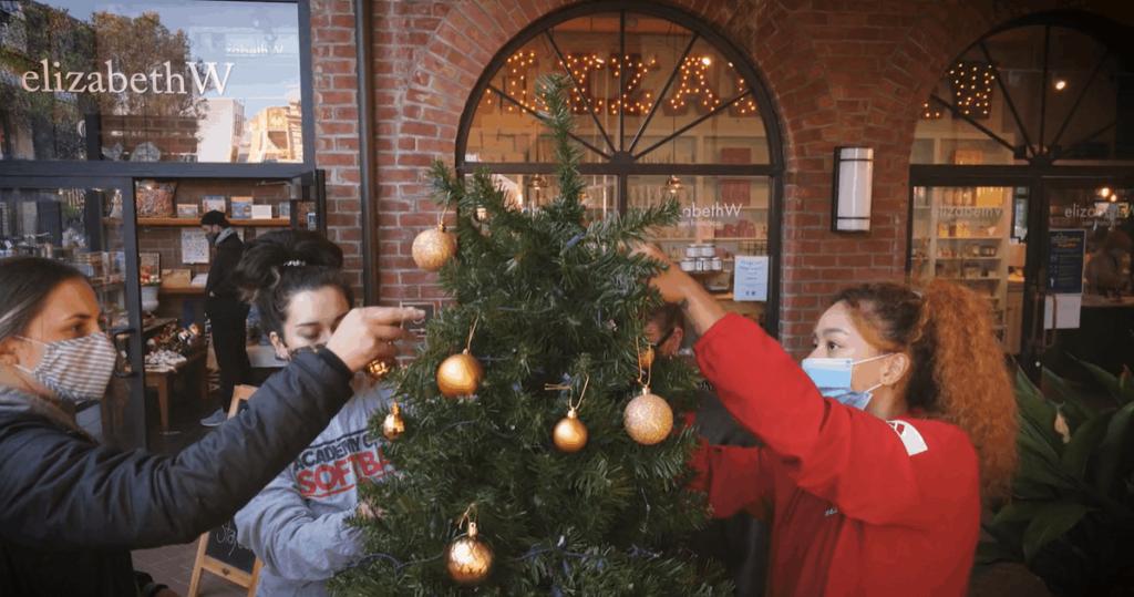 ARTU-Ghiradelli Christmas Tree Comp - Academy of Art Un