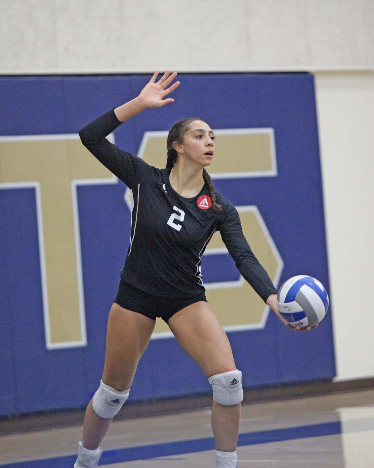 VB - Celena Davison (photo by Rob Garcia)