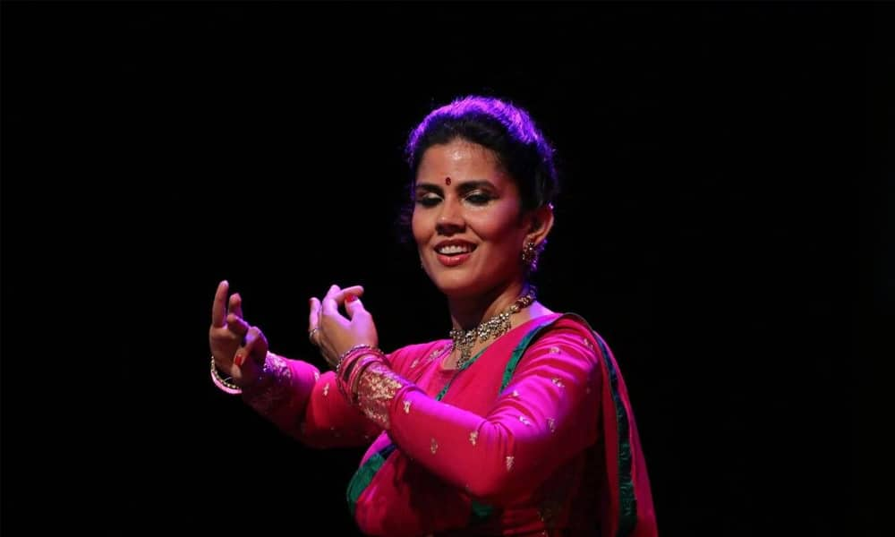 Seema Mehta dancing