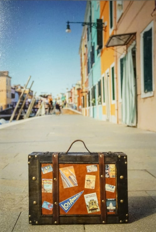 traveling suitcase study abroad